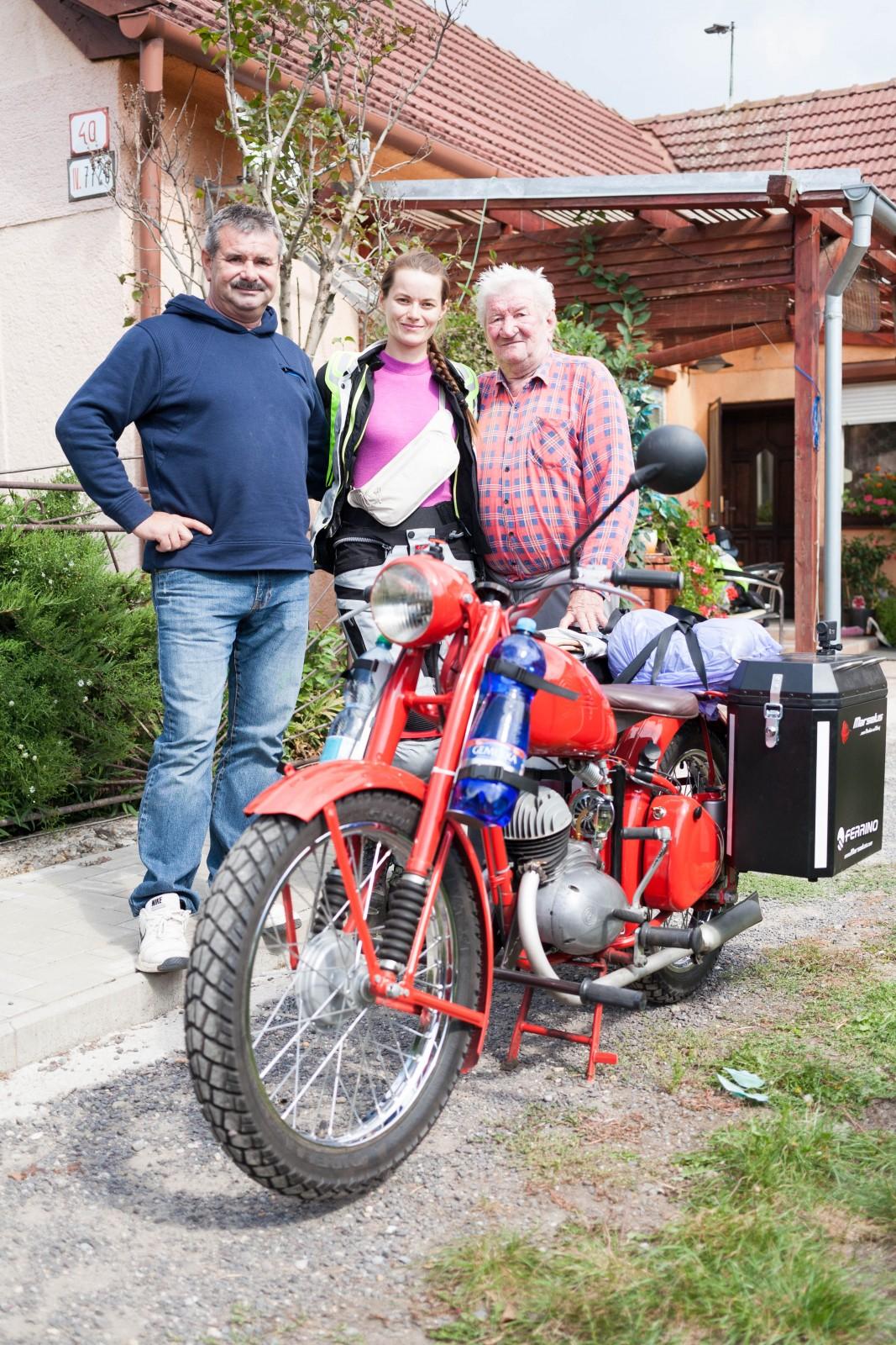 Rozloučení s Ivančinou rodinou