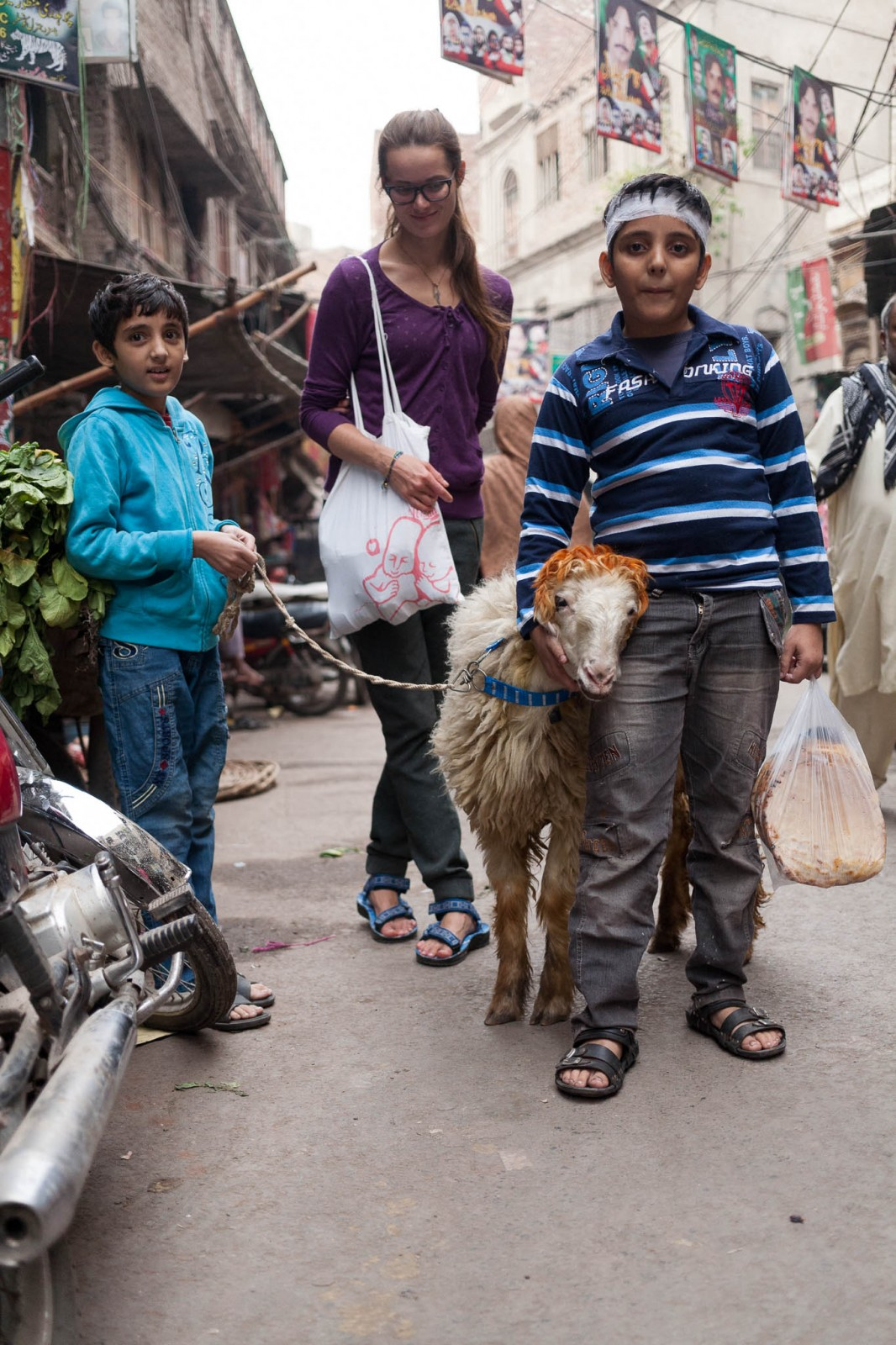 Hena se tady používá na barvení všeho možného, třeba kozy